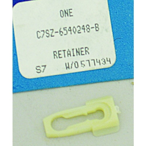 Cab Molding Retainer Clip